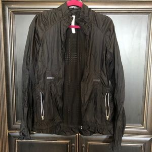 Black lululemon windbreaker jacket